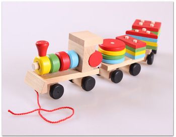 Wholesale children toys pull-along wooden train toys educational kids toys Juguetes de Madera