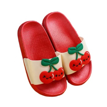 2020 Summer New Kid Cartoon Fruit Strawberry Slippers Comfortable Soft Sole Cute Girls Boys Slippers