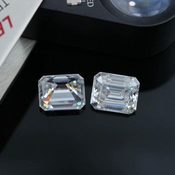 Yuying Gems Wholesale 1ct Emerald Moissanite Loose DEF Color VVS 5x7mm Moissanite Loose Gemstone