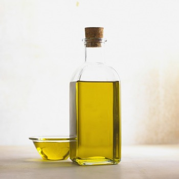 Wholesale price UCO/used cooking oil for biodiesel/Waste vegetable oil