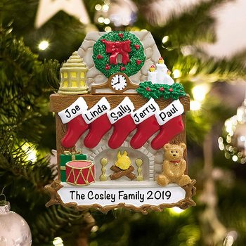 christmas ornaments personalized polyresin Traditional Fireplace Family of 5 Ornament for Parents, Kids, Grandparents