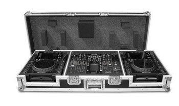 COFFIN CASE FOR TWO CDJ 2000 CD PLAYERS AND A PIONEER DJM 2000 MIXER WITH WHEELS
