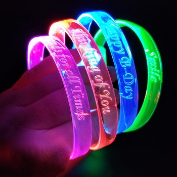 Hot New Products Glow In The Dark Wristband Wedding Decorations Christmas Party Promotional Gifts LED Flashing Bracelet