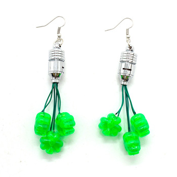 2020 New Arrival St Patricks Day Accessories Jewelry Light Up LED Earrings Fashion For Decoration.