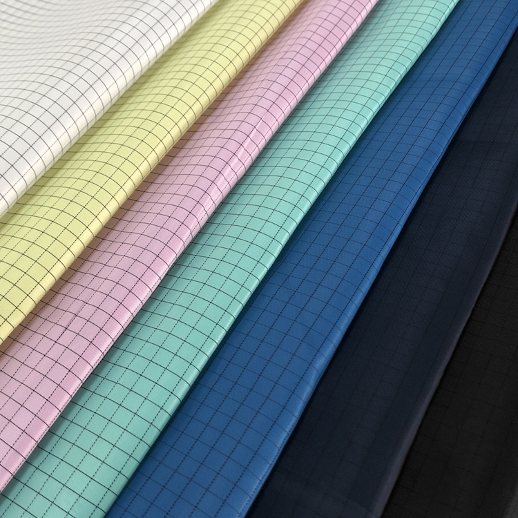 Chinese Wholesale High Quality 5Mm Grid Or Strip Cotton And Polyester Esd Fabric For Cleanroom Garment