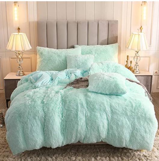 Long Pair PV Plush Comforter with velvet back side with filling 2.5CM Plush Bed Set Quilt