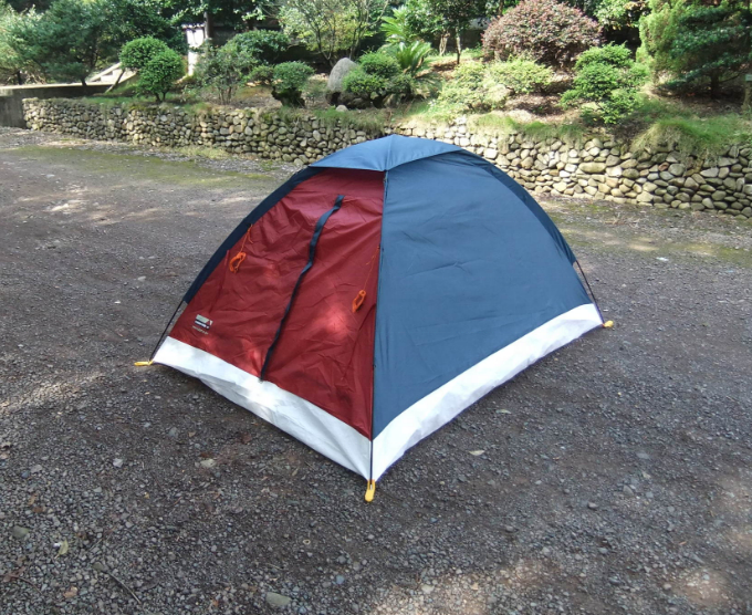 Outdoor leisure good quality single layer 2 man cheap waterproof camping tent sales