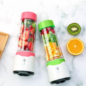 500ml+300ml China portable usb rechargeable blender portable juicer bottle/food mixer with power bank function