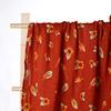 Merah membedung selimut