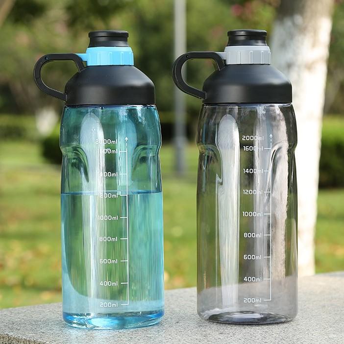 Спортивная пластиковая бутылка бьется током техника в доме