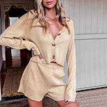 Осенний вязаный комплект из 2 предметов с шортами женский укороченный топ с v-образным вырезом и шорты с высокой талией женский комплект 2020 м...(Китай)