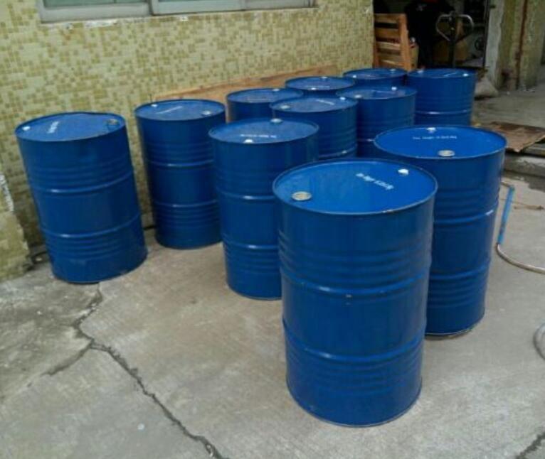 Пластиковый барабан 200 кг, Тормозная жидкость, масла, Тормозная жидкость, добавки в цилиндре