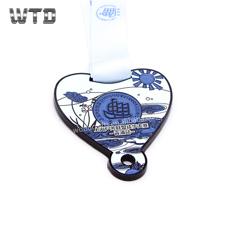 High quality metal triathlon finisher game marathon running sports custom medal trophies and medals