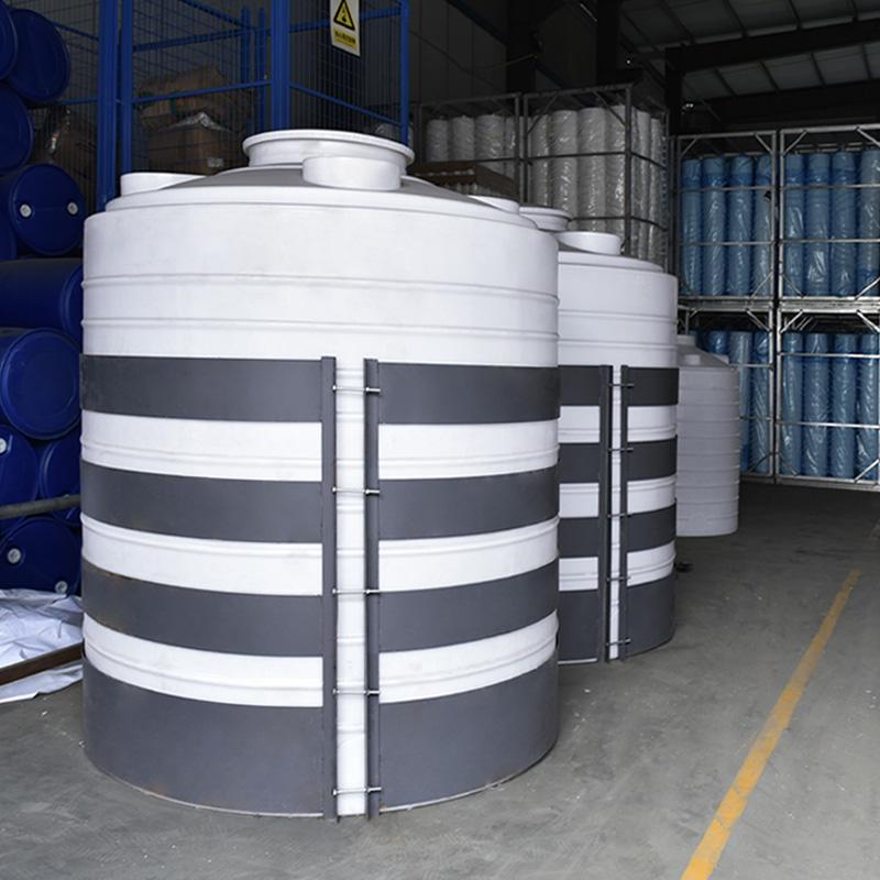 Пластиковые резервуары для воды на продажу с контроллером уровня