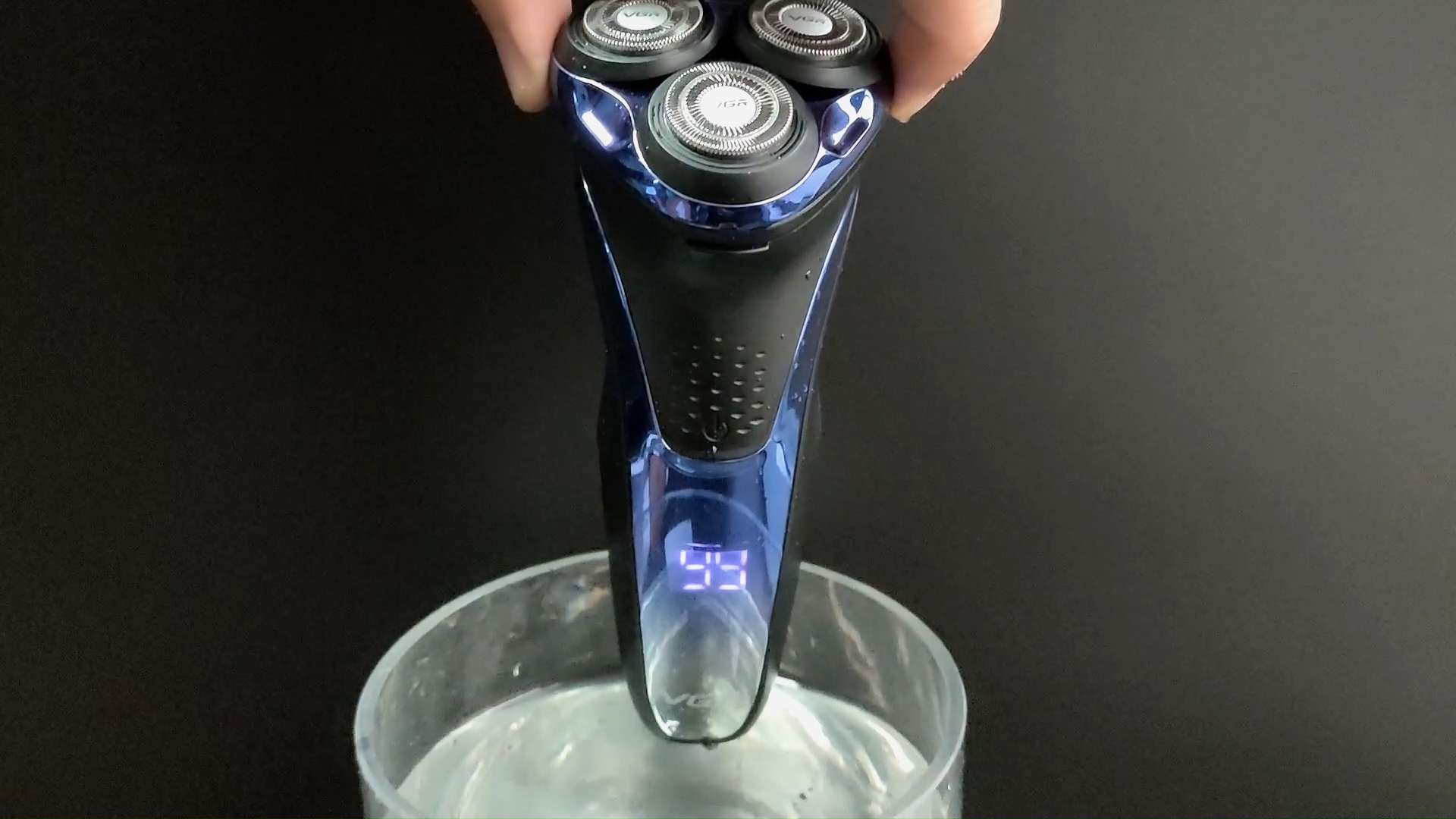 VGR electric V-306 waterproof washable IPX7 shaver for men with LED display m quina de cortar cabelo barbeador