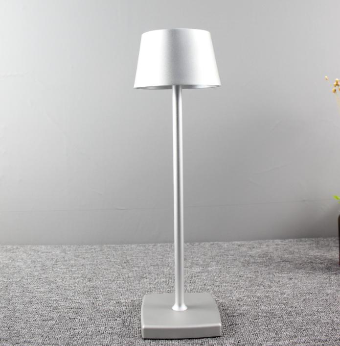Бар столовая Золотая Настольная лампа с регулируемой батареей аккумуляторные перезаряжаемые светодиодные настольные лампы с тенью