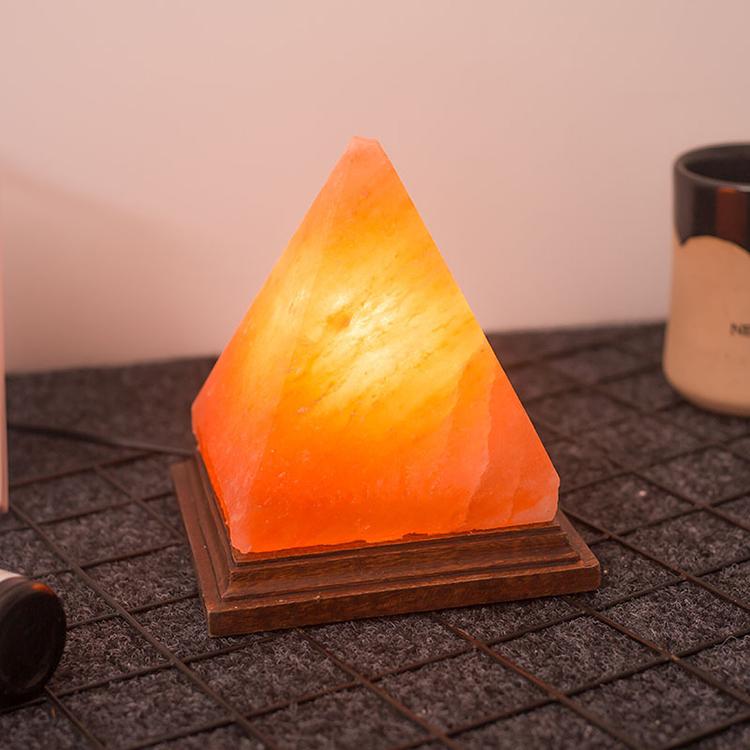 YJN5460D конкурентоспособная цена Красивая натуральная Пирамида Гималайская кристаллическая солевая лампа