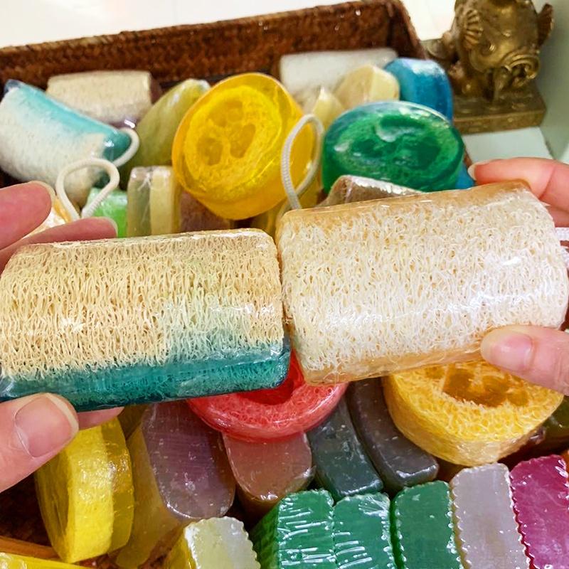 Organic natural handmade soap bars honey loofah soap with loofah sponge
