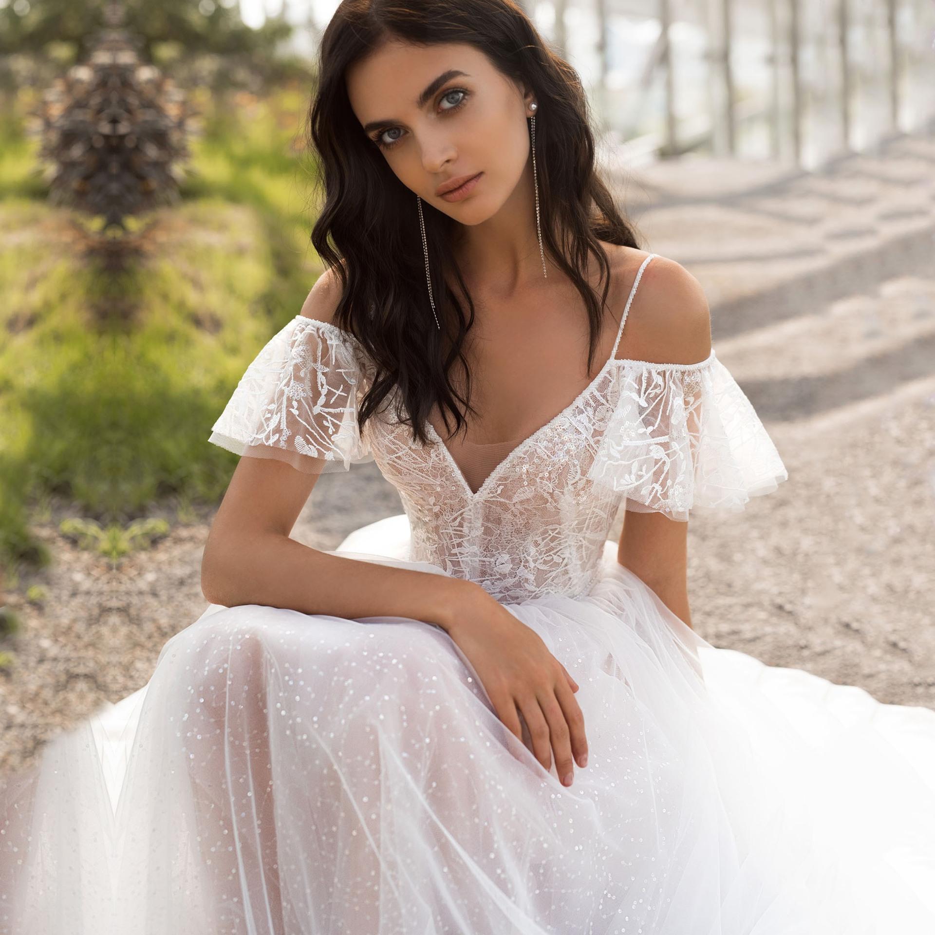2021 Spring  New Large Size Wedding  Slimming Show Shoulder Length Fat Lace Flower One Shoulder Girl Gauze Dress