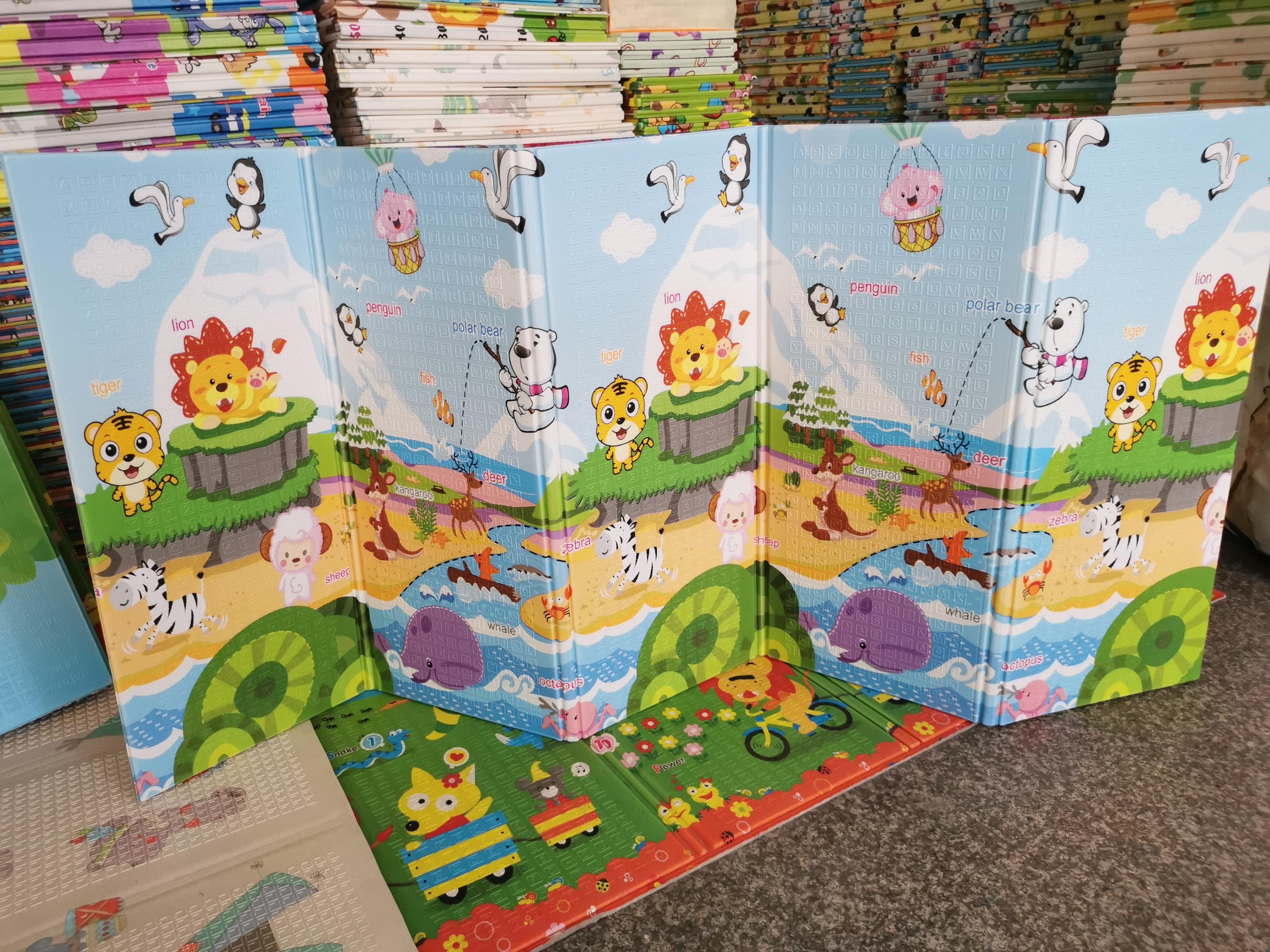 Новый дизайн, Образовательные Складные Детские двухсторонние красочные складные детские игровые коврики XPE для ползания