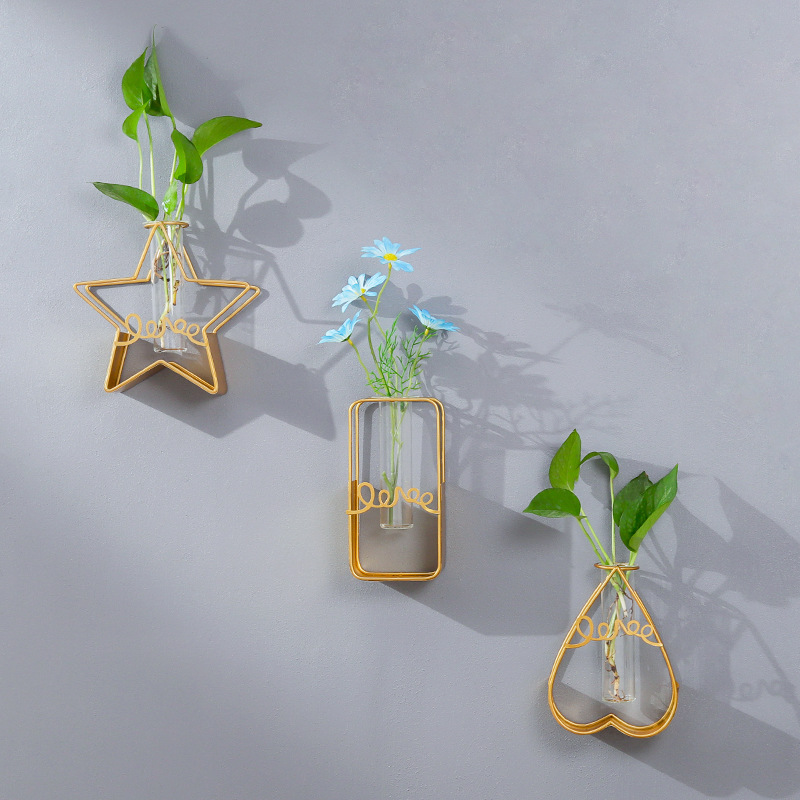 Iron Geometric Hydroponic Wall Hanging and Wall Decoration Home Shop Background Wall Decoration Wholesale