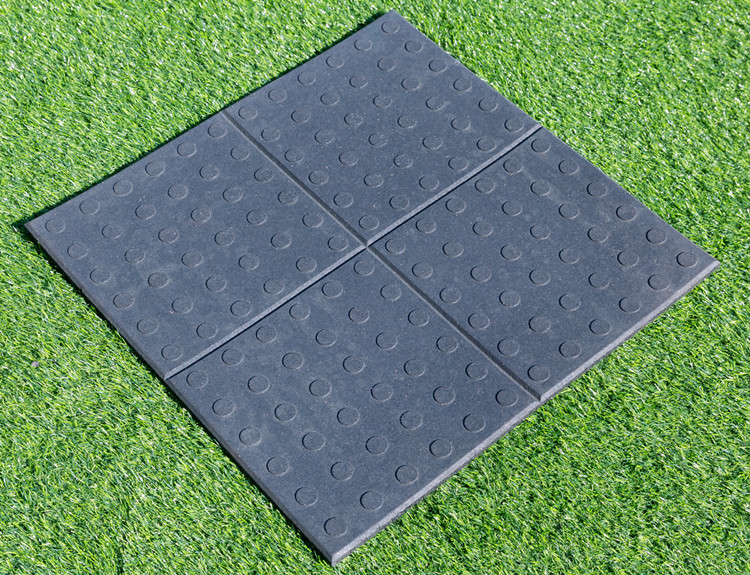 Gym recycle rubber tile colorful square rubber floor tile