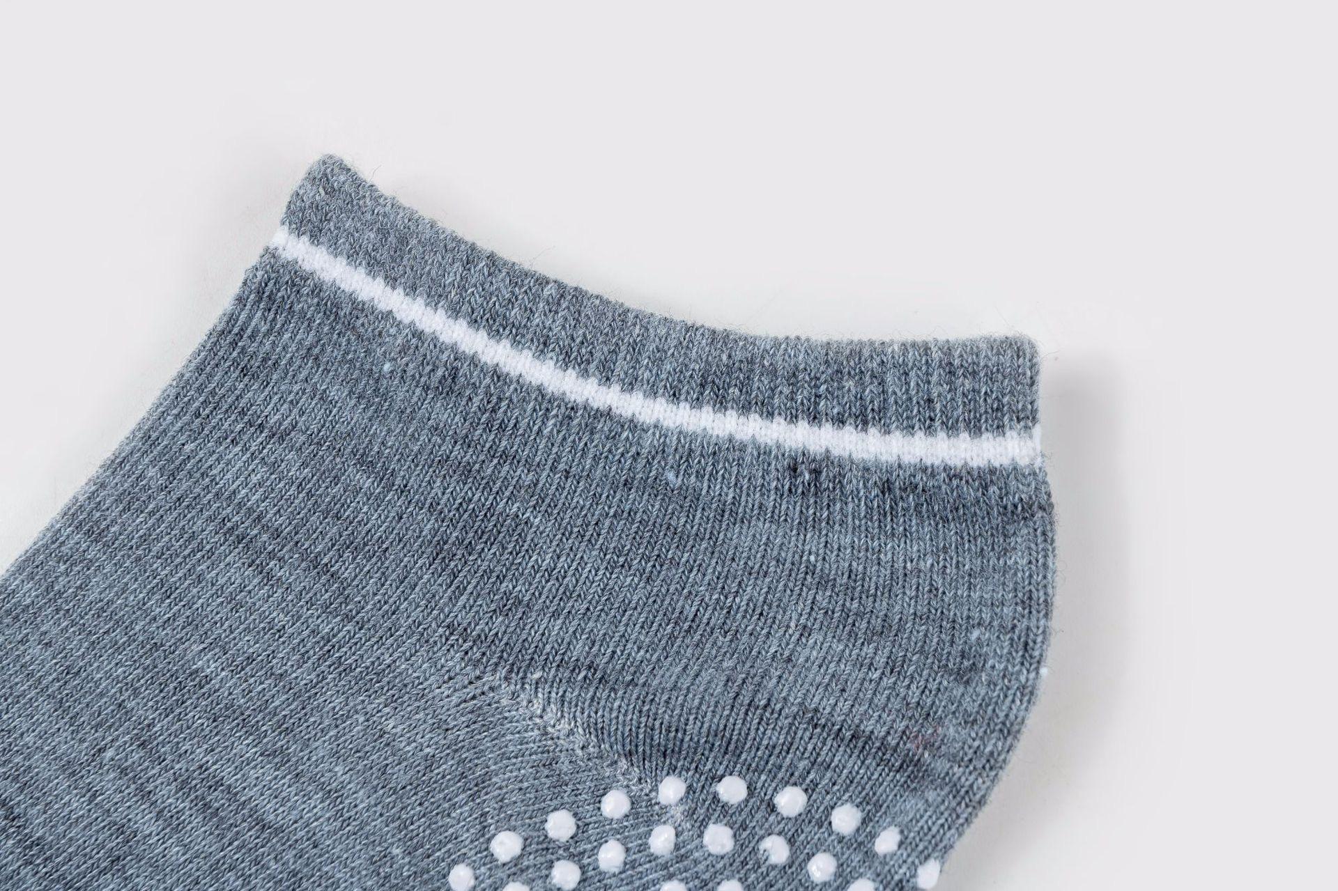 Non Slip OEM Custom Design Pilates Anti Slip Grip Socks Yoga Socks with Grip