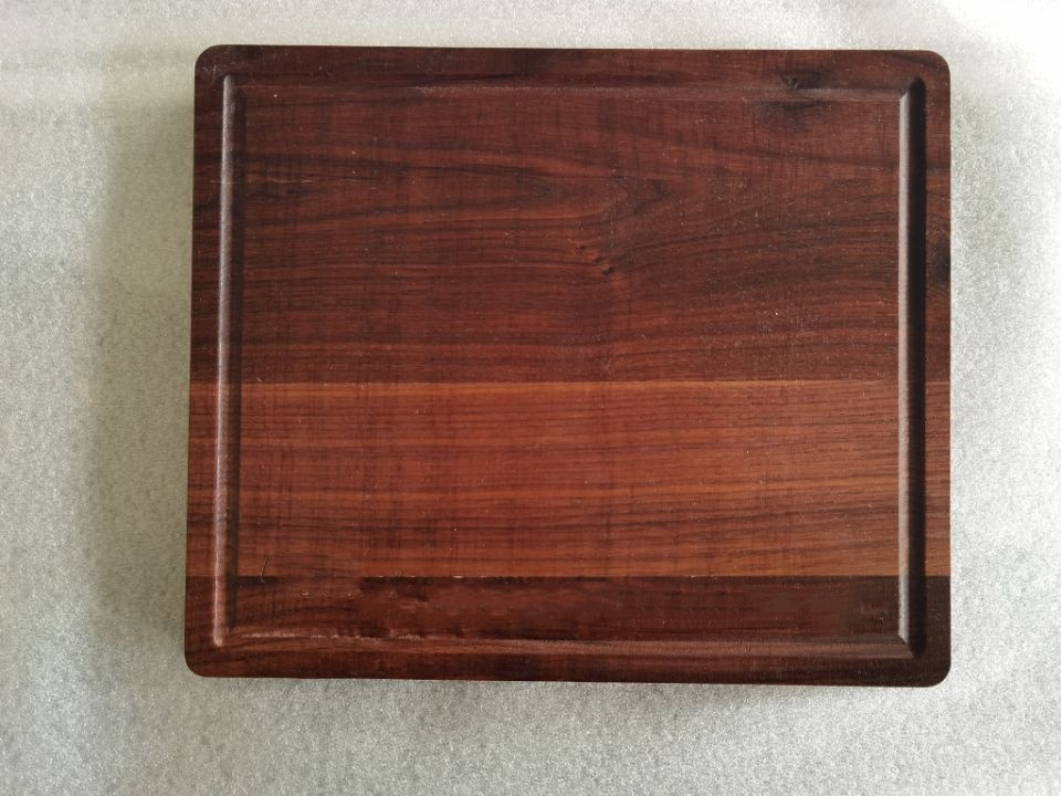 Factory Custom Large Chopping Board Walnut Wood cutting Board For Bread Cheese And Pizza With Juice Drip Groove