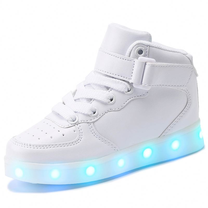 Модная обувь для катания на коньках со светодиодной подсветкой; Танцевальные Кроссовки для маленьких мальчиков и девочек