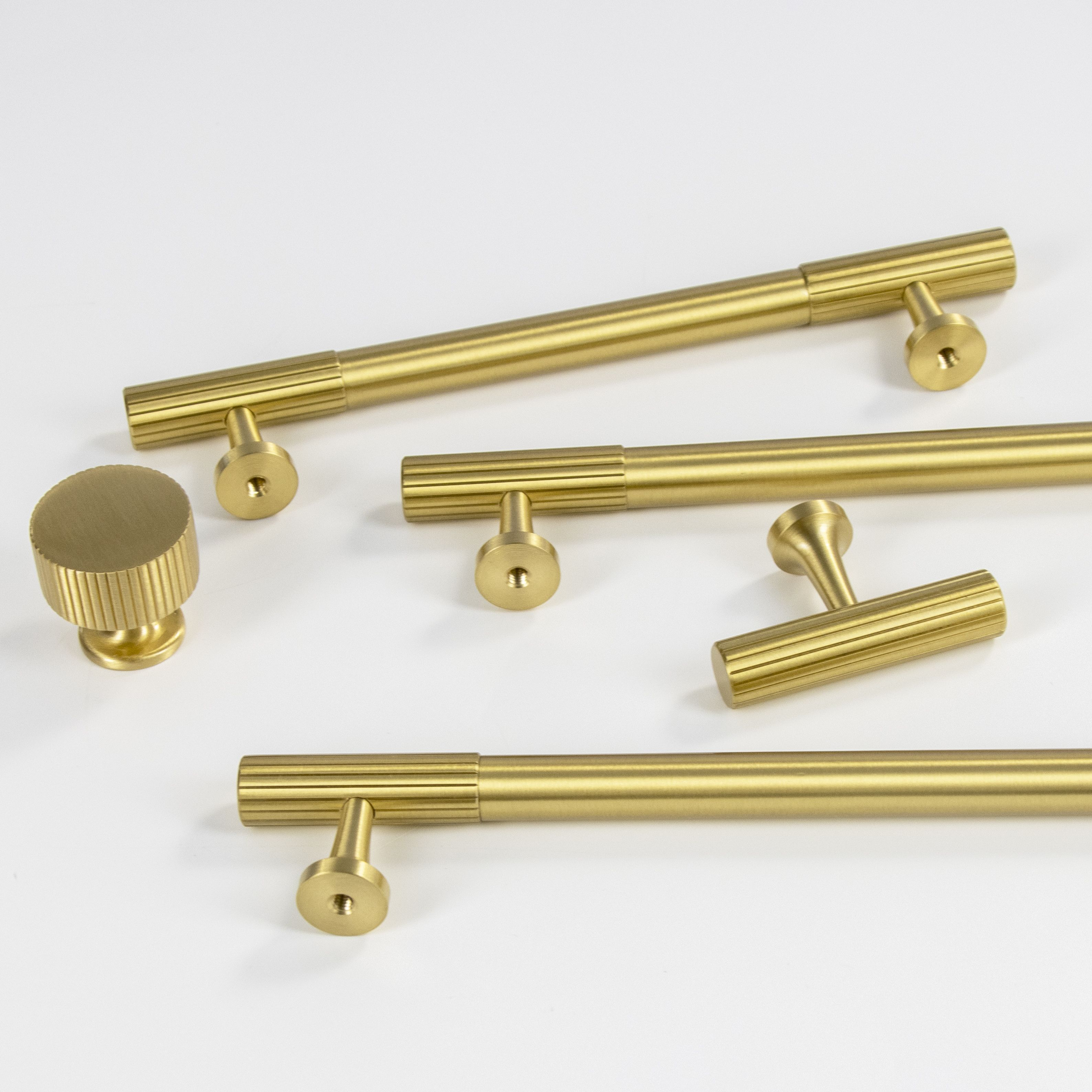 Luxury Furniture brass T-bar drawer pulls and knobs for cabinet handle custom wholesale hardware