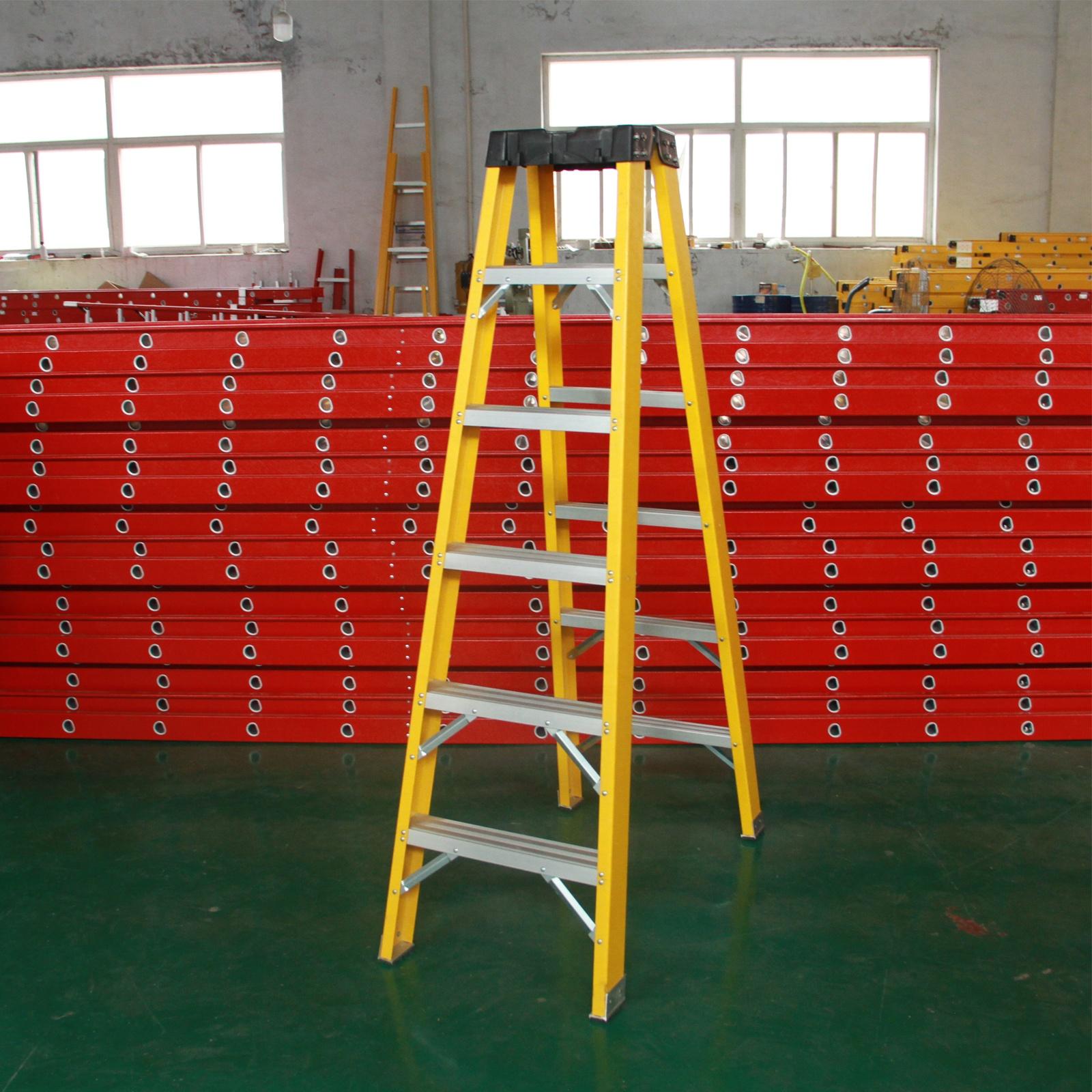En131 ANSI 3-9 ступеней, промышленная платформа типа A, регулируемое расширение, стекловолокно Frp, ступенчатая лестница для электрика