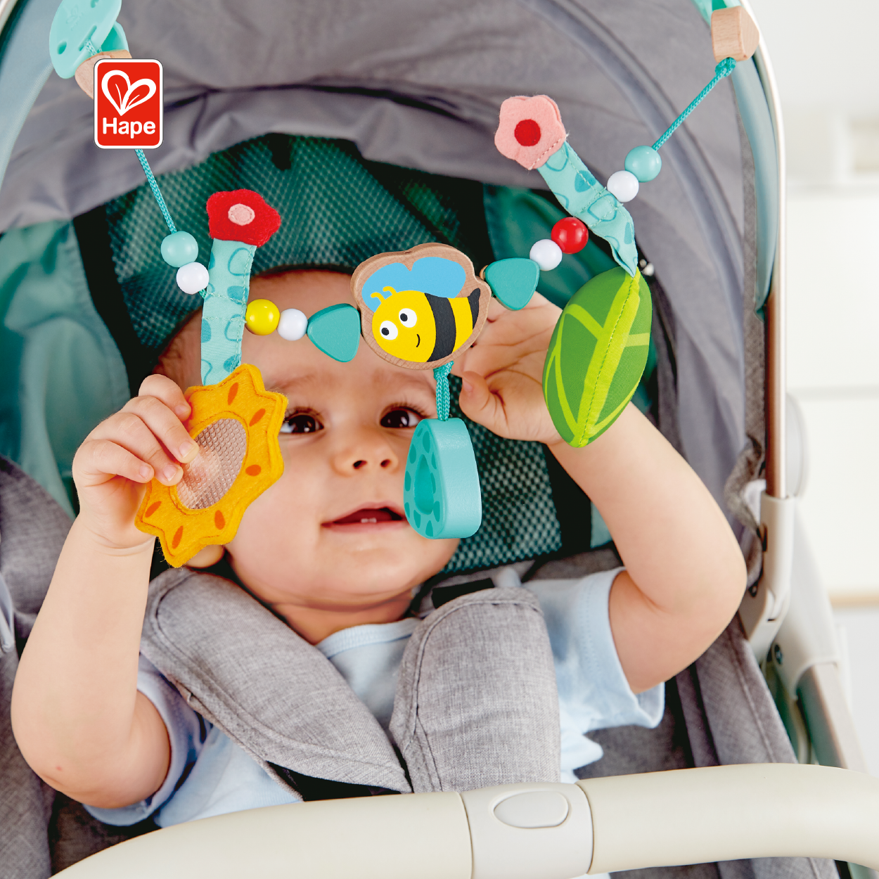 Hot Sale Cute Baby Bed Hanging Toy Rotating Crib Musical Mobile Toys Honeybee Pram Chain Baby Toys