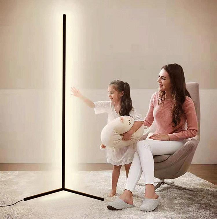 YJN5515A современный декоративный напольный RGB-светильник с пультом дистанционного управления из алюминиевого сплава