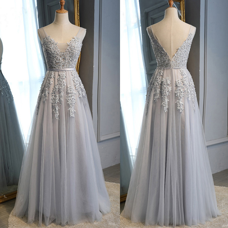 Wholesale customized appliques gray long tulle plus size bridesmaid dresses for wedding