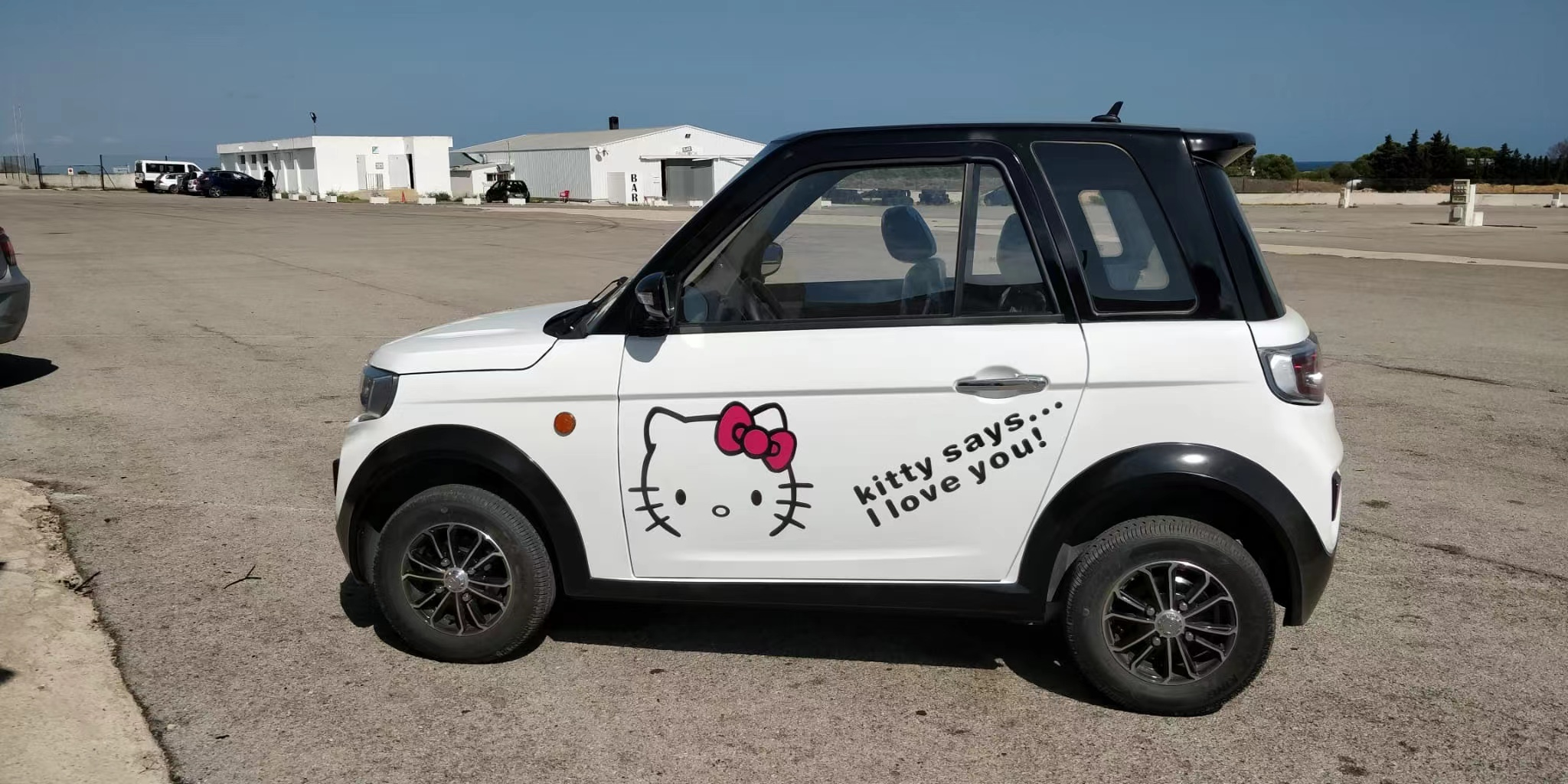 Высокая скорость дешевых автомобилей Electrico Новый 4 колеса внедорожник электромобиль на солнечных батареях и транспортных средств авто
