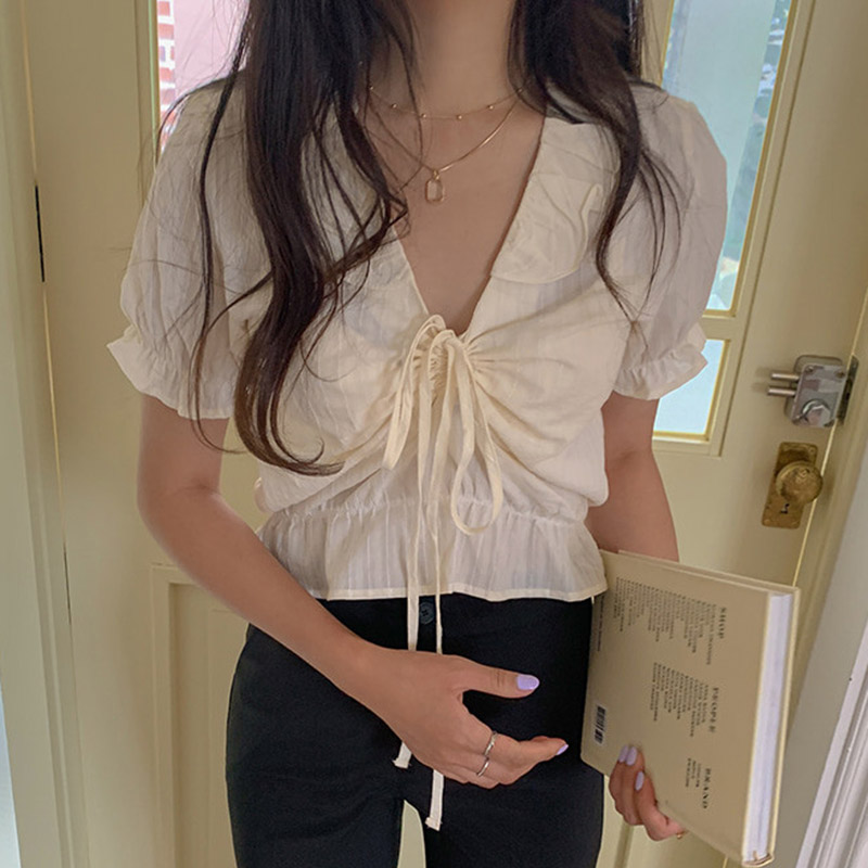 Runwaylover E159 Short-sleeved Ladies Shirt Top with Belt-down V-collar Lace Top