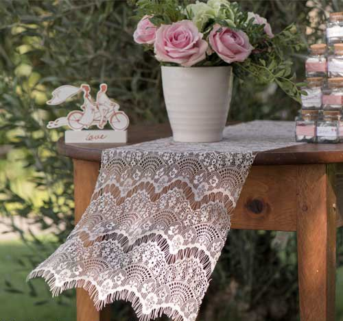 Polyester macrame Lace Table Runner For Wedding lady's party decoration