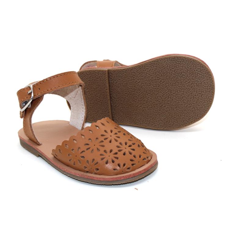 Оптовая продажа, модные кожаные детские туфли в новом стиле, детские сандалии на плоской подошве высокого качества
