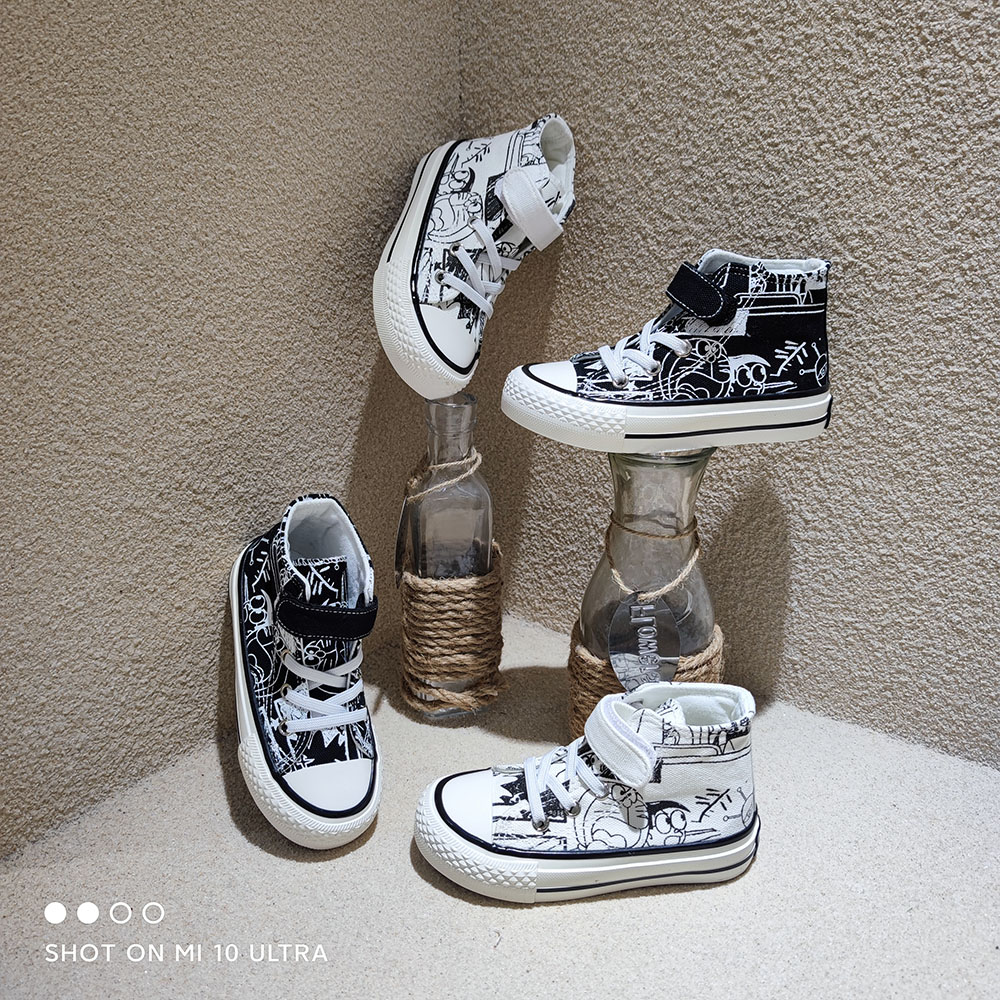 Новейшая Нескользящая Удобная Повседневная уличная детская парусиновая модная обувь с рисунком