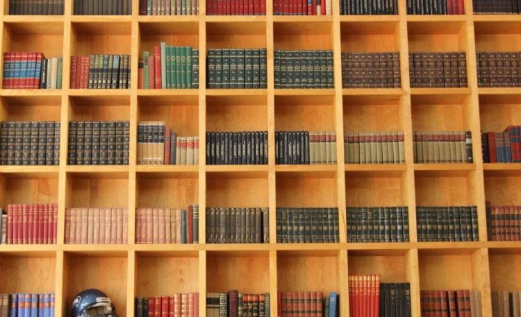 图书馆,缓和孤独的好地方