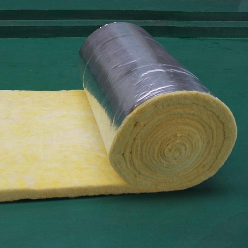 Стена или крыша теплоизоляция с алюминиевой фольгой шпона стекловата одеяло или рулон или стекловолокна шерсть катушки войлока