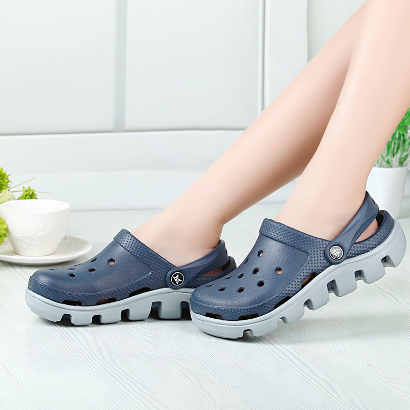 Summer Season Men's Clogs Sandals EVA Clogs Shoes for men
