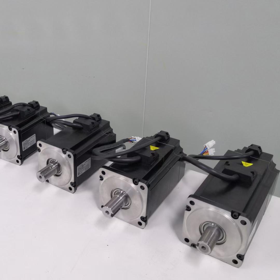 1000w Servomotor Three phase 220V 1KW servo motor with driver for cartesian robot 3000RPM