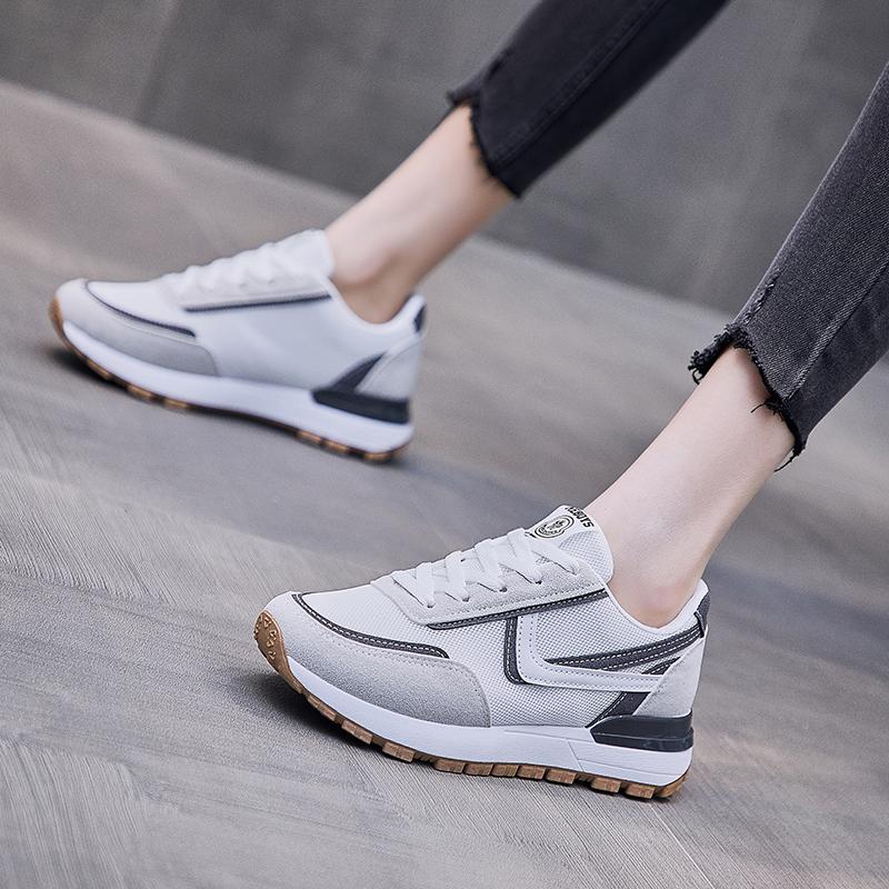 Китай, оптовая продажа, низкая цена, модная женская спортивная обувь, толстая подошва, искусственная кожа, белые кроссовки, повседневные