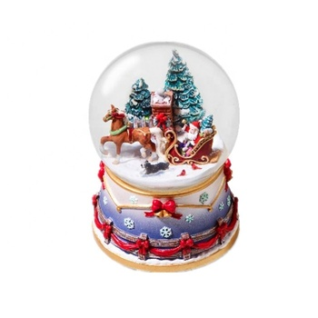 Hot Sale Nanwei Resin Custom Made Christmas Snow Globe with Music
