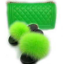 2020 новые меховые шлепанцы и сумки с лисьим мехом женские летние меховые сандалии модный комплект из обуви и сумки настоящий Пушистый Большо...(Китай)