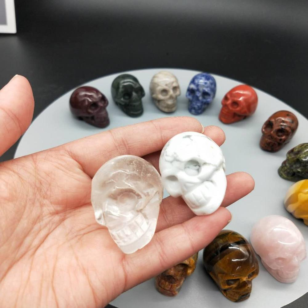 Wholesale Hand Carved Natural Small Size Skulls Quartz Lovely Crystal Craft for Children Gift