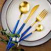 Azul + estampado azul + oro