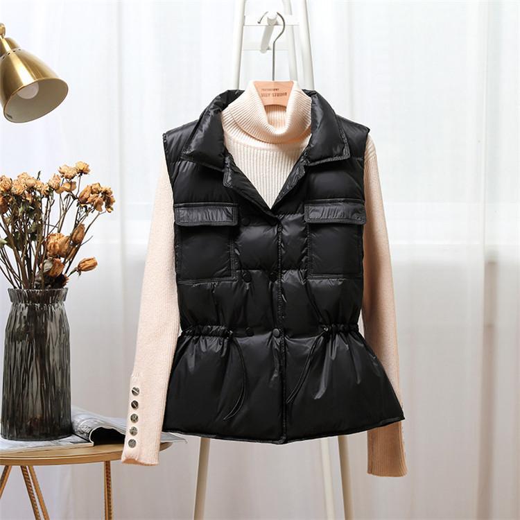 2021 New Ultra Light Down Vest Women Short Vest Windproof Lightweight Warm Waistcoat Female Duck Down Coat Sleeveless