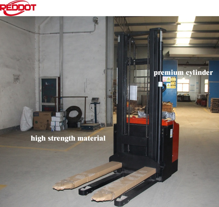 Reddot economic ride type electric pallet stacker forklift with AC traction motor.
